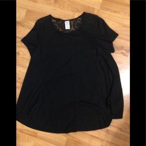 Tops - Black shirt XXL